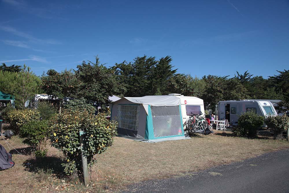 emplacements de camping près de St Gilles Croix de V ie