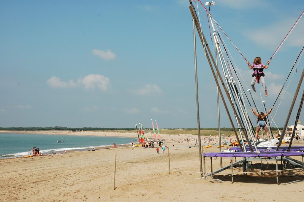 La plage accessible via le camping 3 étoiles