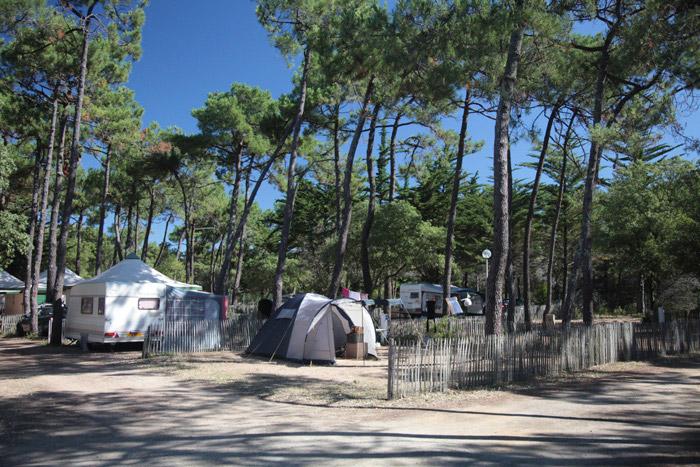 emplacement de camping avec accès plage